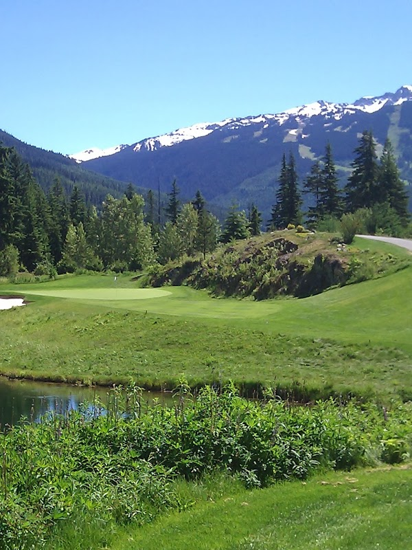 Photo de Fairmont Chateau Whistler Golf Club
